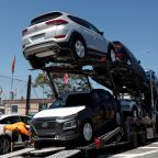 U.S. auto import probe fans tariff fears, riles Asia, Europe