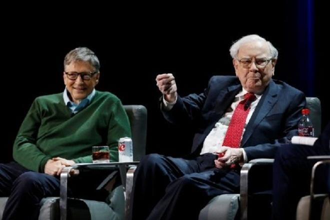 Warren Buffett agrees with Bill Gates that America's rich are not paying enough taxes; here's why