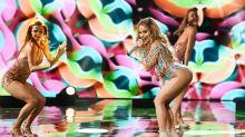 """Der Po muss weg: """"Jennifer Lopez"""" lässt bei """"Big Performance"""" die Hüllen fallen"""