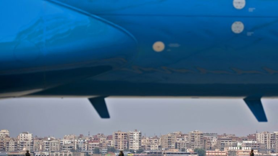 2 airlines suspend flights to Cairo over security
