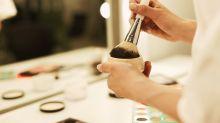 Schminken im Gefängnis: Dieses Make-up-Tutorial solltet ihr auf keinen Fall nachmachen