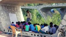 Delhi Teacher Holding Classes Under Partially-Built Flyover  is Winning Internet's Respect
