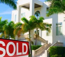 Mortgage rates nose-dive to new low and bring out the buyers