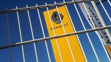 """Suppressions d'emplois chez Renault: un délégué CGT dénonce """"une trahison totale de la part de la direction"""""""
