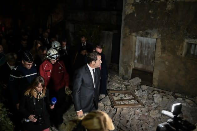 """800 maisons ont été """"directement impactées"""" par le séisme au Teil, selon Christophe Castaner - Yahoo Actualités"""