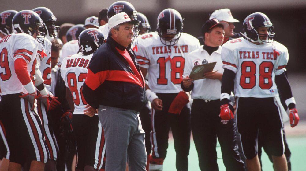 Former Texas Tech coach Spike Dykes dead at 79