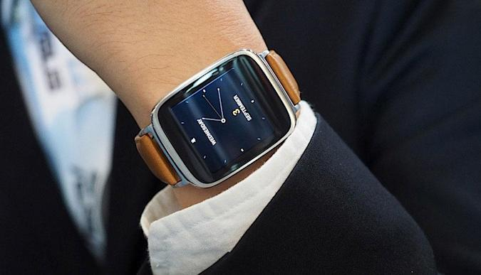 ASUS' stylish ZenWatch is all about security, remote control and wellness