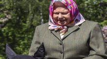 Elisabetta II in sella al suo pony Balmoral Fern: gli scatti lasciano tutti senza parole