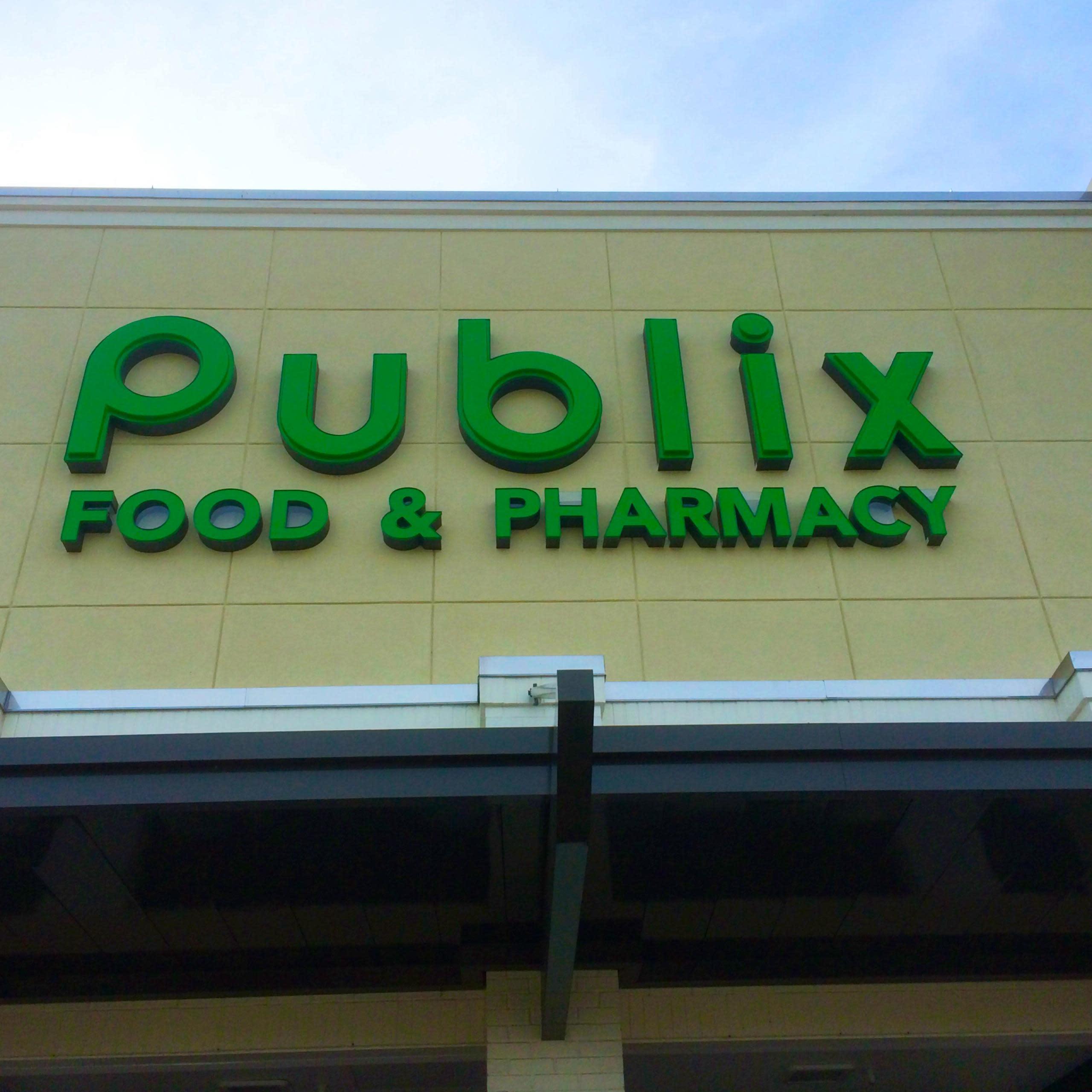 Publix Billionaire Donates $800,000 to Fight Medical Marijuana in Florida