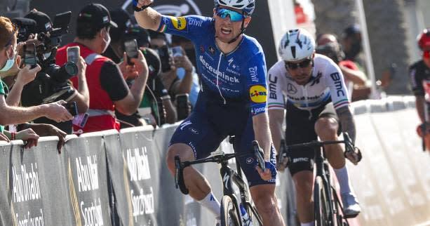 Cyclisme - Tour de l'Algarve - Sam Bennett remporte facilement le sprint de la 3e étape du Tour de ...