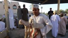 "​The Live ""Stock"" Market of Oman (It Moos!)"