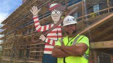 La versión de '¿Dónde está Wally?' creada por un albañil que está alegrando la vida a los niños de un hospital