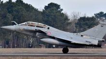 Paris va commander 12 avions de combat Rafale supplémentaires
