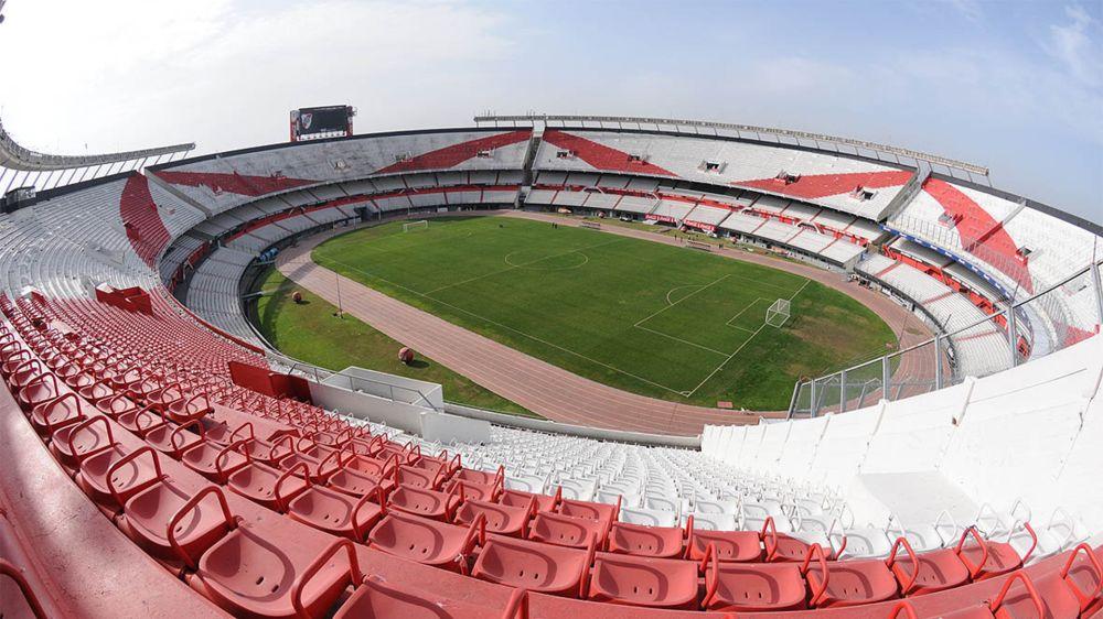 AFA oficializó el pedido de tres posibles estadios para enfrentar a Perú