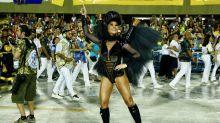 Sabrina Sato, Viviane Araújo e Sheron Menezzes são destaque entre as musas do desfile das campeãs do Rio