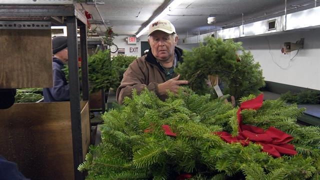 Wreath-maker honors America's sacred ground