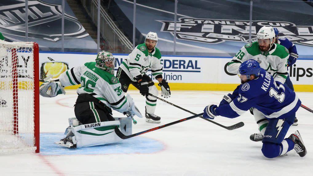 Khudobin, Stars bottle Lightning in Game 1 of Stanley Cup Final