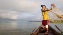 Lago contaminado aporta alimento y empleo en Nicaragua