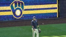 Brewers seek to make history with 3rd straight playoff berth