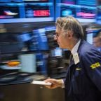 U.S. stock futures point to higher open ahead of Fed minutes