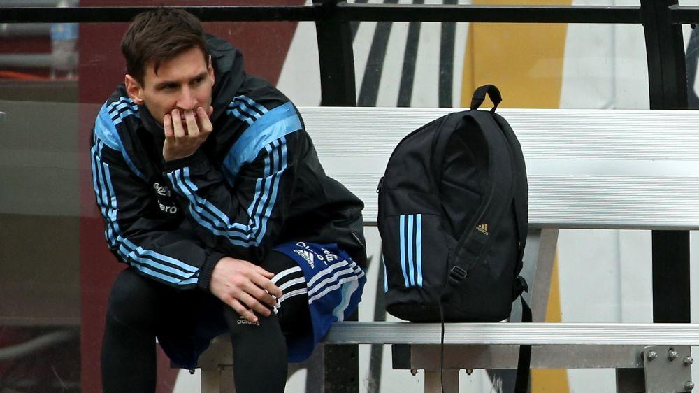Messi deberá hacer un sacrificio para reducir su pena con Argentina