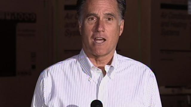 Romney backs Obama's student loan plan