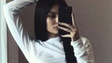 Did Kylie Jenner Photoshop this Instagram selfie?