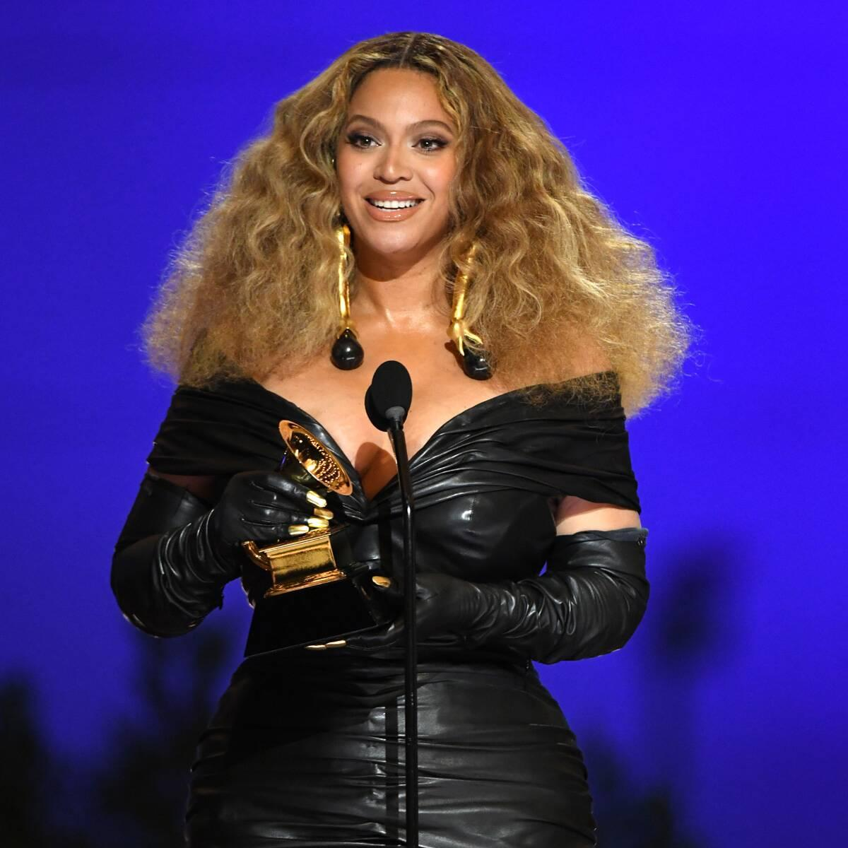 Beyoncé Shares Touching 4th Birthday Tribute to Twins Rumi and Sir – Yahoo Entertainment