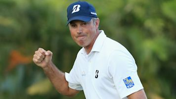 Kuchar wins Sony Open with furious finish