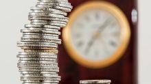 Os primeiros a apostar na queda dos juros contam que ainda dá tempo de lucrar com os cortes na Selic
