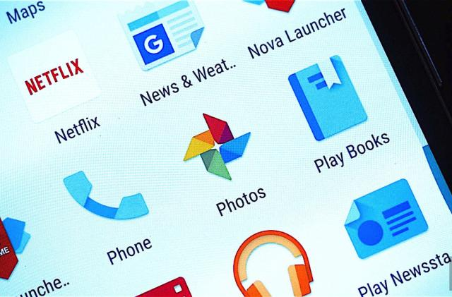 Google Photos adds an archive button to declutter your stream