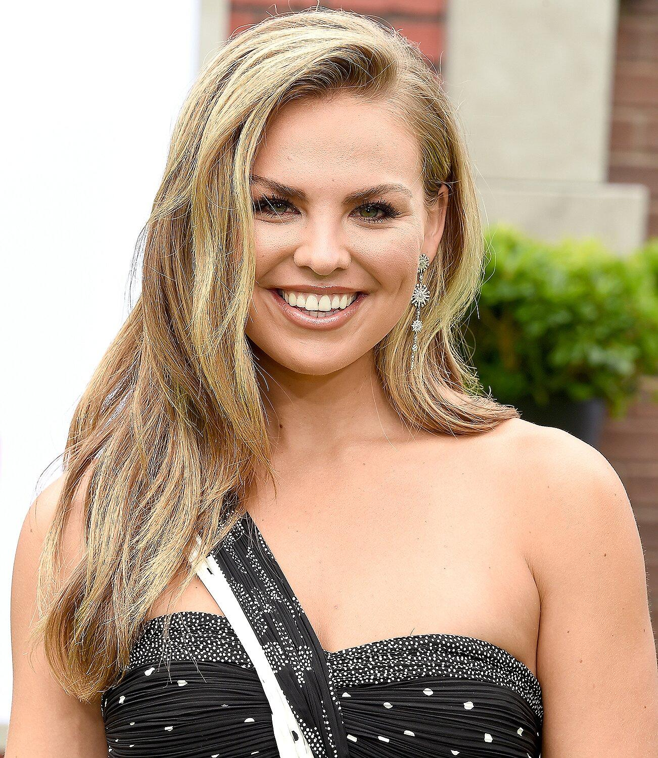 Former Bachelorette Hannah Brown Poses Nude in Steamy