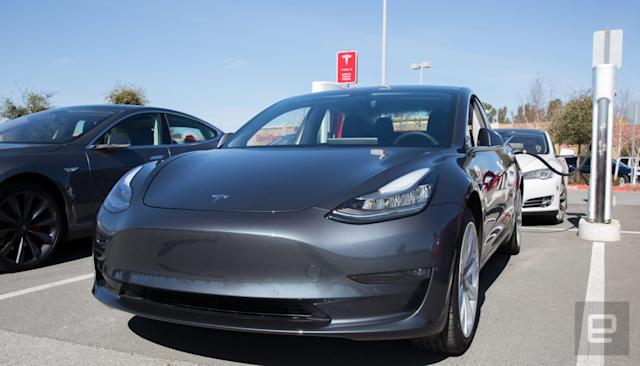 Consumer Reports finds Tesla's Smart Summon 'glitchy'