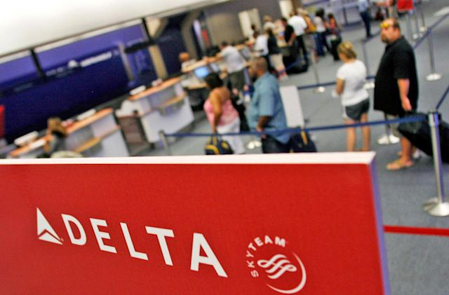 Delta aims to replace boarding passes with fingerprints
