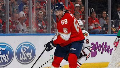 Report: Flames might have interest in Jagr