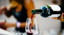 Middle-aged drinkers should have alcohol-free days, urges Public Health England
