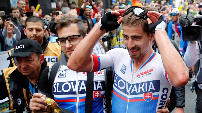 Perfect timing: Sagan wins third world title in a row
