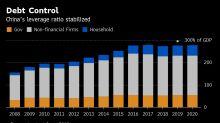 China reduce su objetivo de crecimiento y recorta impuestos