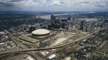 Fleur-de-Links, July 28: New official photos of the Caesar's Superdome released