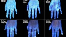 Mani lavate viste al termoscanner: gli scatti a confronto