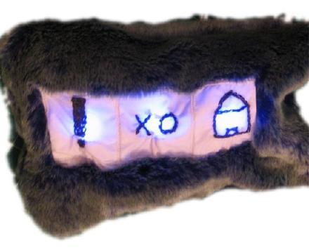 Chatter Pillow, a glanceable and cuddly way to stay on IM