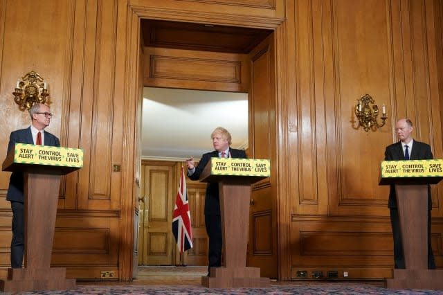 'Silencing the science' - PM accused after kiboshing Cummings questions