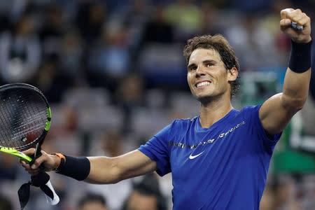 Nadal derrota a Fognini y pasa a cuartos en Shanghái junto a Federer