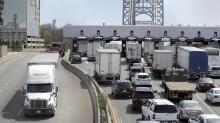 Convoy aims to speed up shipping for U.S. truckers