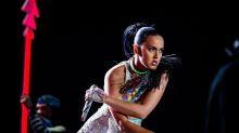 'Queria se enturmar', diz Katy Perry sobre fotos nuas de Orlando Bloom na Itália