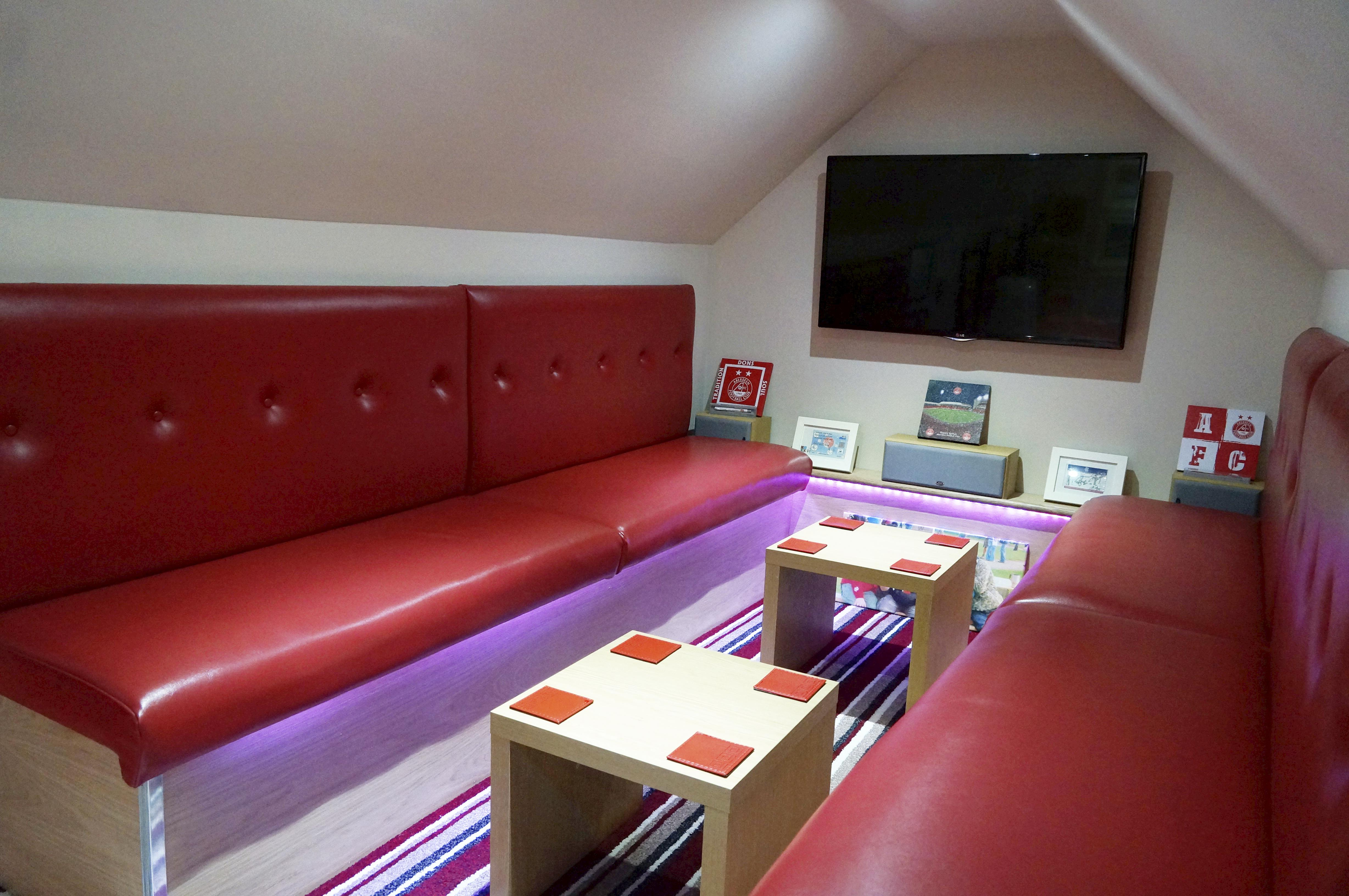 Man Cave Yahoo Answers : Lofty ambitions see inside britain s best man cave
