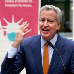 New York's de Blasio pitches vaccination vans targeting tourists