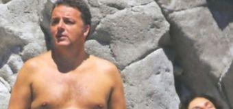 Matteo Renzi, vacanza con la famiglia: minicrociera tra Ischia, Capri e Ponza