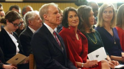 Illinois governor's office warns of crippling pension payment hike