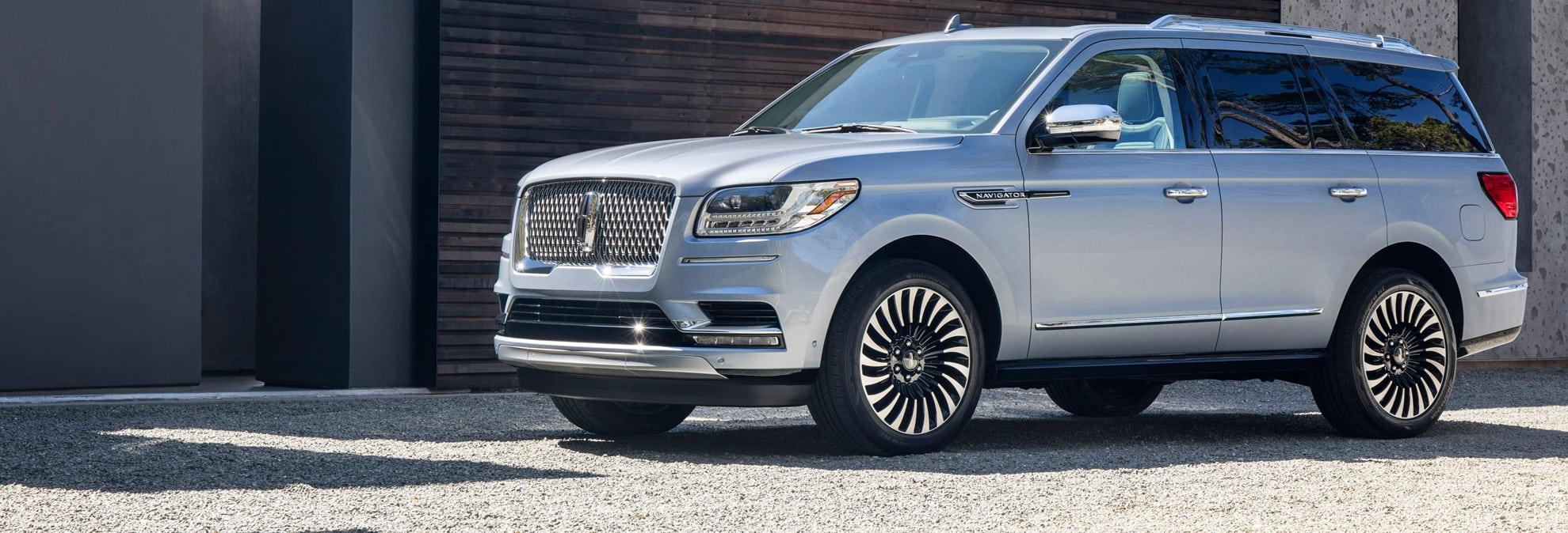 all new 2018 lincoln navigator boasts first class family travel. Black Bedroom Furniture Sets. Home Design Ideas